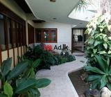 main road facing house for sale in palmadulla