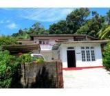 Spacious Middle-Class House at Kandy Peradeniya