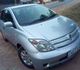 Toyota IST VVT-I KF 2003