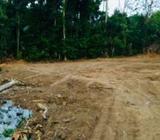 8 Perch Land in Kaduwela