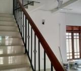 Jawatte Colombo 5 Two BR Upstair House