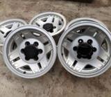 Toyota Land Cruiser Prado Alloy Wheel Set