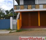 House with Shops for Rent in Piliyandala