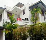 code 2833 house for lease battaramulla