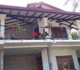upstair house for rent in makola