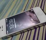 Apple iPhone 4S 16GB White Phone