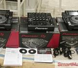 For sale 2x Pioneer CDJ-2000 Nexus plus 1 DJM-900 Nexus mixer