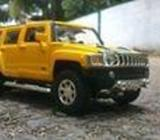 Hummer H3 model jeep for sale. 1:32 scale size