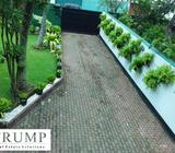 4000 sqft house for rent with a big garden space in Colombo 04 sea side