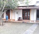 Building for rent/lease in Mountlavinia