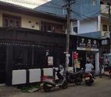 Commercial building with land in Ambalangoda