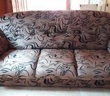 Used damro Sofa Set