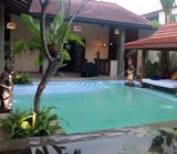 Villa Type House with Swimming Pool for Sale in Pelawatte, Battaramulla.