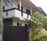 An upstair house for rent in homagama