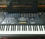 CASIO Organ with stand (Made in Japan