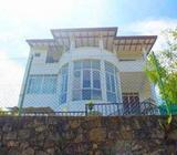 Luxury House for Sale in Pussellawa with Panoramic View