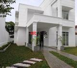 3 bed rooms house for sale big city