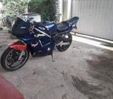 Yamaha FZ R250cc 2003