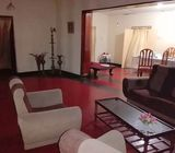 Villa type antique house for sale in the heart of Galle