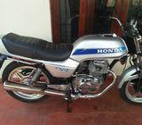 Honda CB 250 N classick
