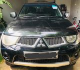 Mitsubishi L200 Sportero 2014 Manual Mint Condition 4x4