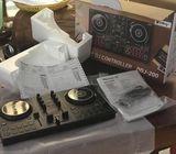 Pioneer DJM 750k mixer with Pioneer CDJ 900 pair & 2 Brand New DDJ 200 Controller
