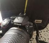 Nikon D 5300 with 18-140 lens