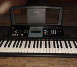 Yamaha PSRE223 Digital keyboard organ