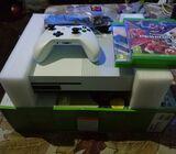 Xbox one  1TB BRAND NEW
