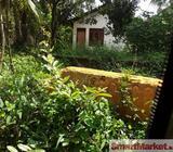 Valuable land for immediate sale in Kadawatha, Smack junction