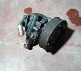 Pajero 4D 56 power steering pump