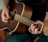 online Guitar classes for Children and beginners Colombo